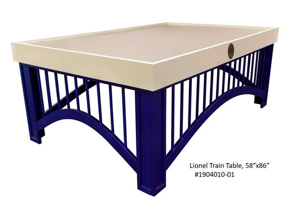 Lionel_Train_Table_1904010-01v2