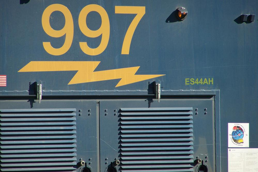 CSX 997 ES44AH ?? | O Gauge Railroading On Line Forum