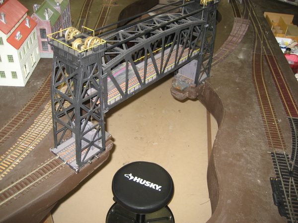 Lionel lift bridge 003