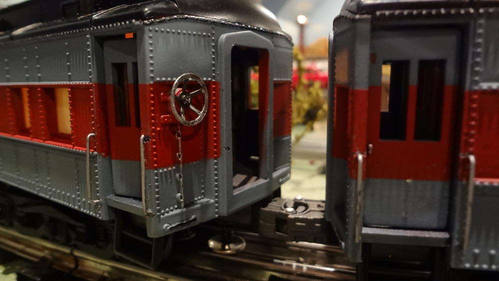 Painted My Own Polar Express Cars O Gauge Railroading On Line Forum