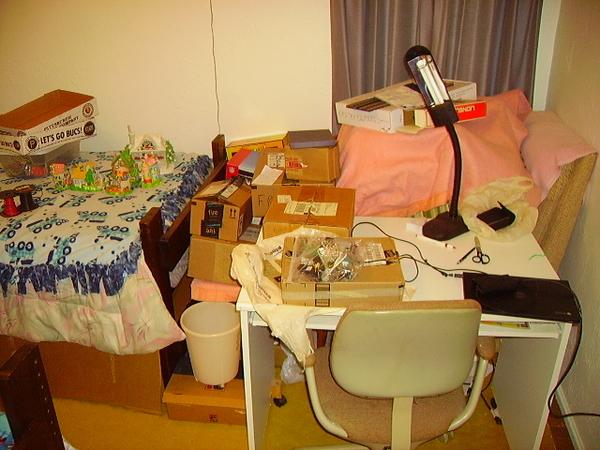 Bedroom computer table