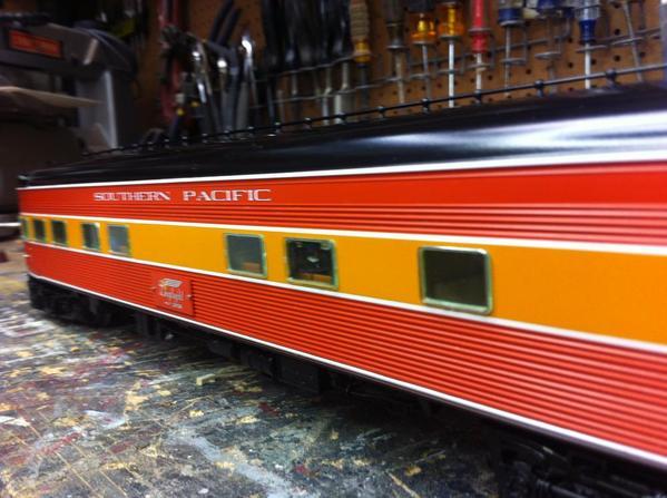 trains 2185