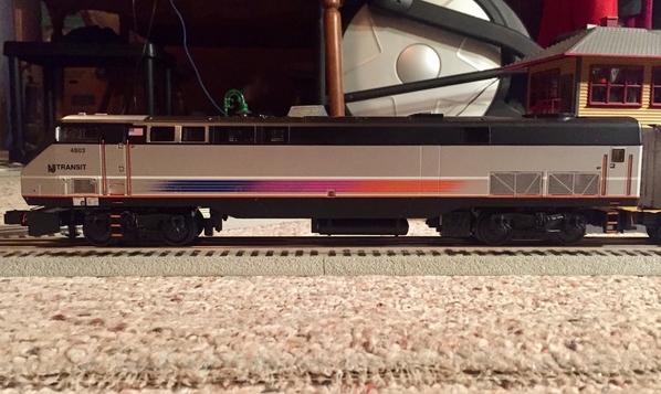 NJT P42DC