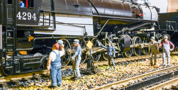 Heavies at the Double Tracks Yard #9