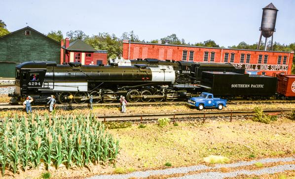 Heavies at the Double Tracks Yard #6