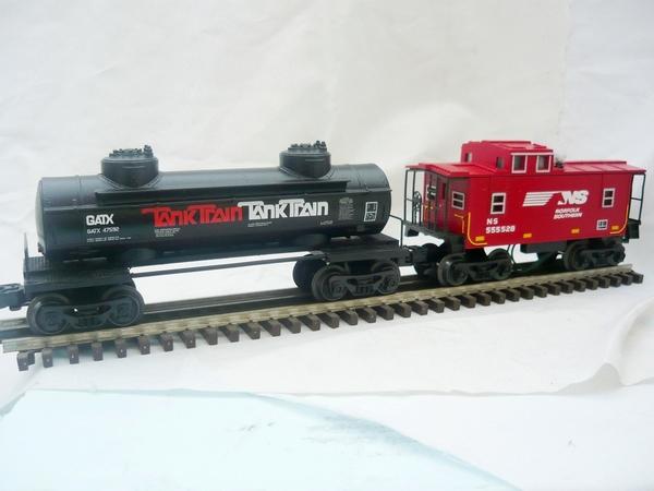TankTrain tank and NS SP caboose
