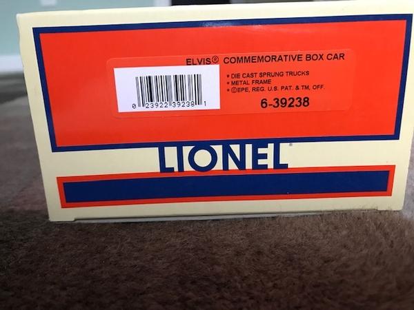 Lionel 6-39238 Elvis Commemorative Box Car-1