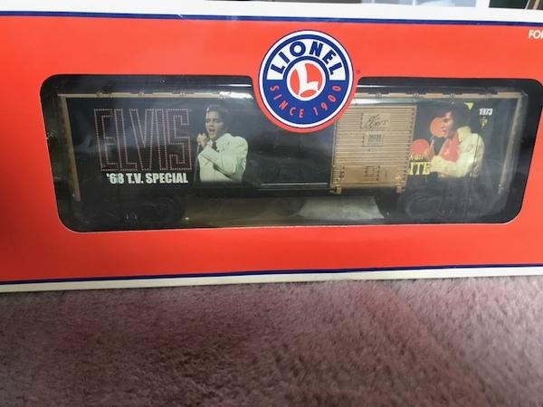 Lionel 6-39238 Elvis Commemorative Box Car-2