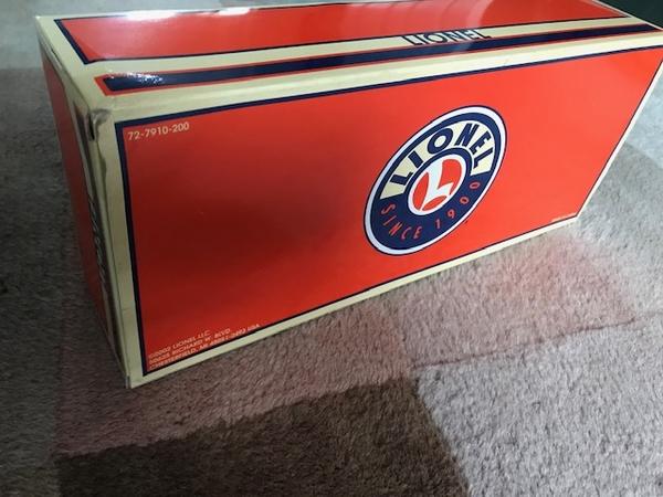 Lionel 6-39238 Elvis Commemorative Box Car-7