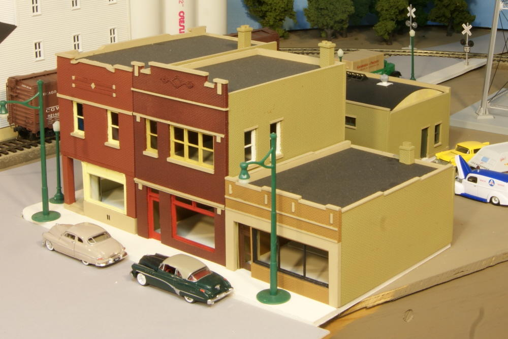 Accessories O Gauge Buildings : What type of buildings structures or accessories would