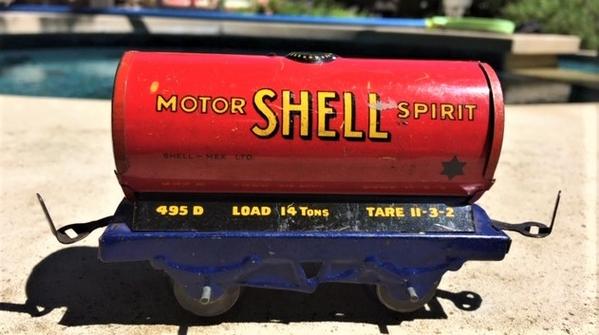 Mettoy tanker