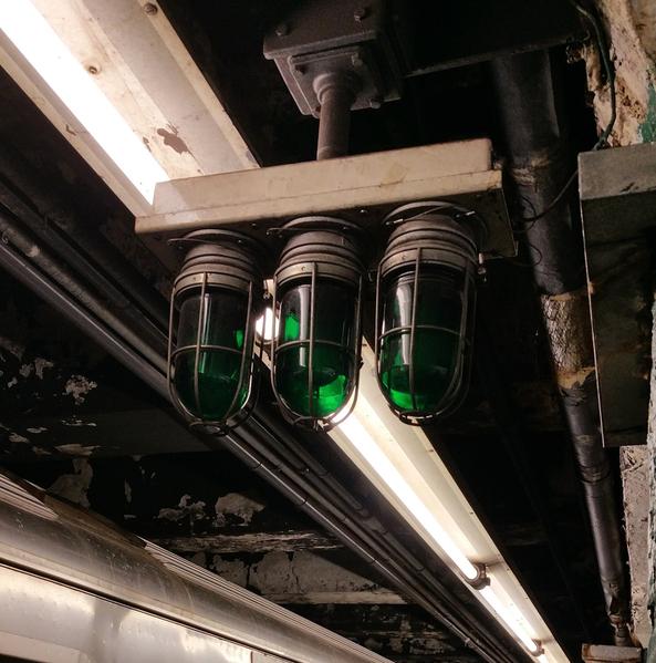 subway starter lights