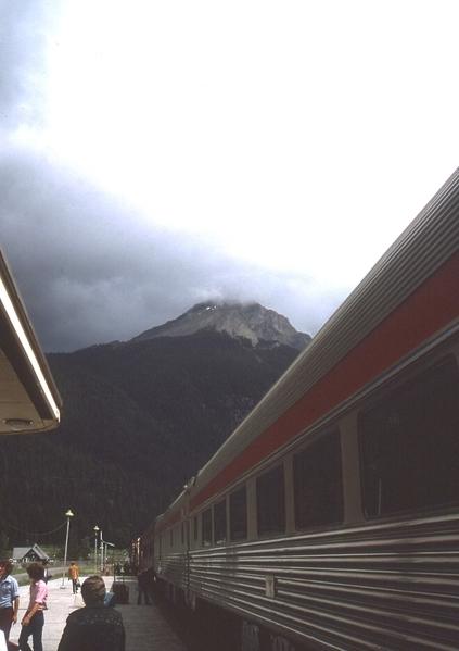75-TrainCanada3