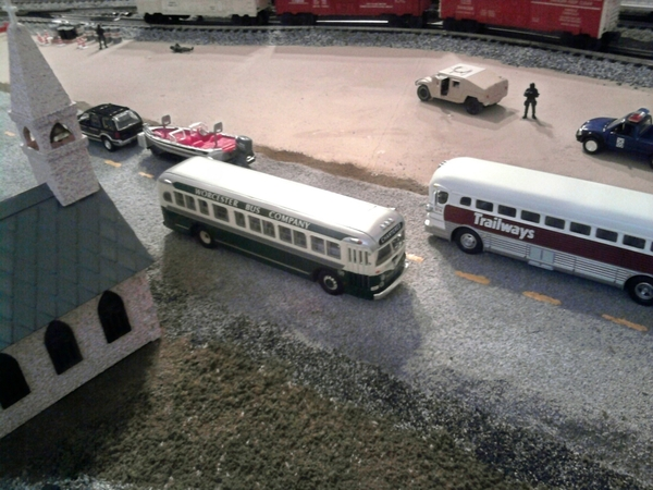Worcester and Trailways Buses on Pat's Layout