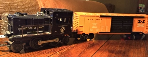 Lionel #41 Switcher & 6468 NH Auto car