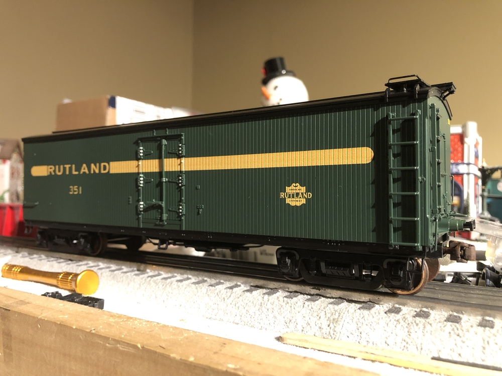 Intermountain Wheels on Lionel Milk Car | O Gauge Railroading On Line Forum