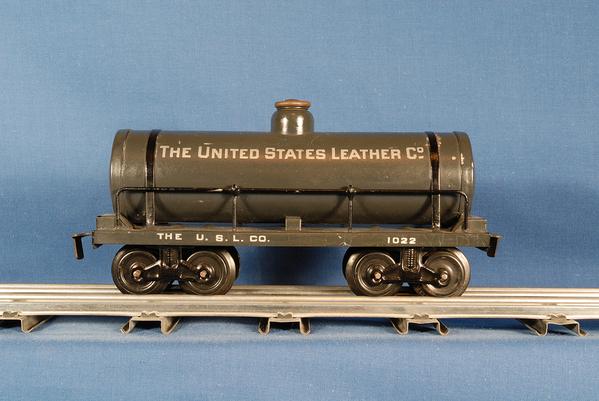 Bing_Car_Tank_US_Leather