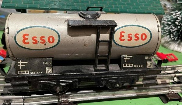 Esso Dressler Tanker 50