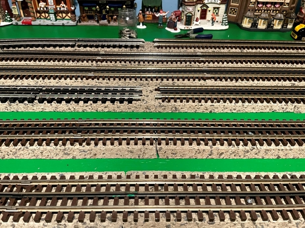 Gap in the 4 track siding