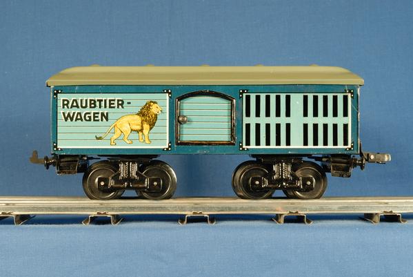 KBN_Lg_Raubtier_Wagen.JPG