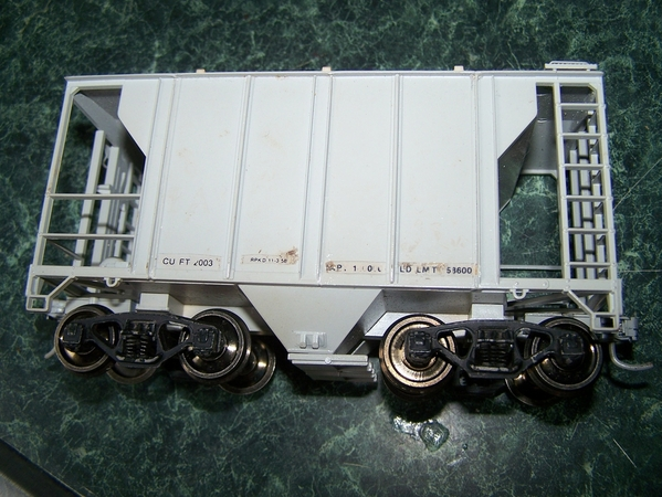 Covered hopper one-bay PS2-001