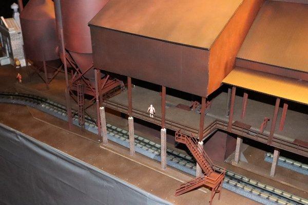 blast furnace-train [11)
