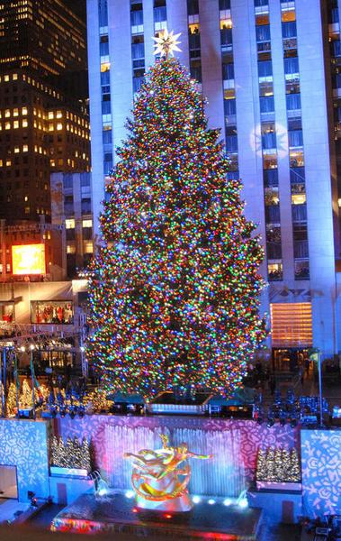 rockefeller-center-christmas-tree-20071