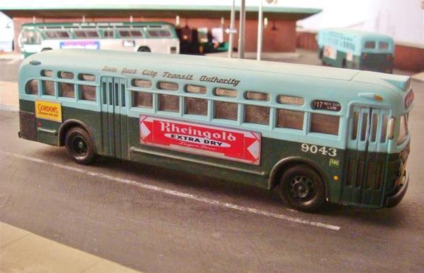 SI buses [3)