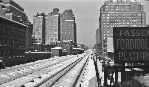 N on NB E.76St Local St-3AV EL - SB Local - Blizzard of 1947
