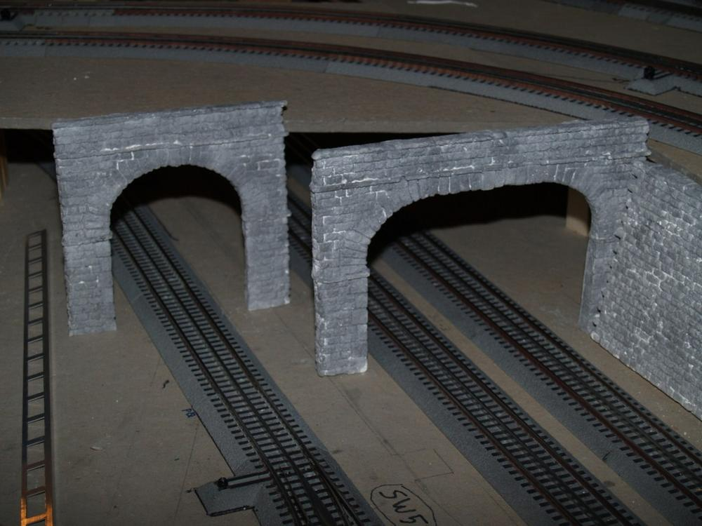 Making Tunnel Portals And Retaining Walls O Gauge