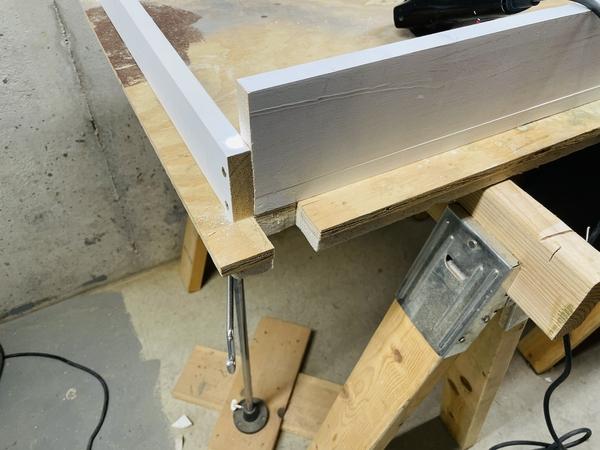 Table Mods Leg Notch CU