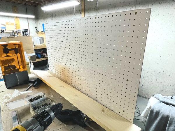 Table Mods Pegboard Frt