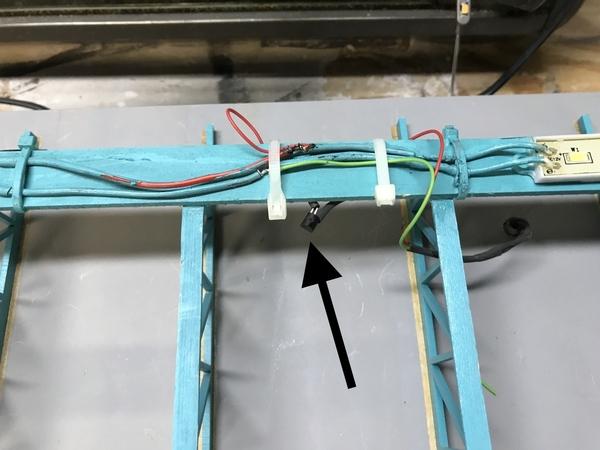 EH SIde Door Light Power Tap