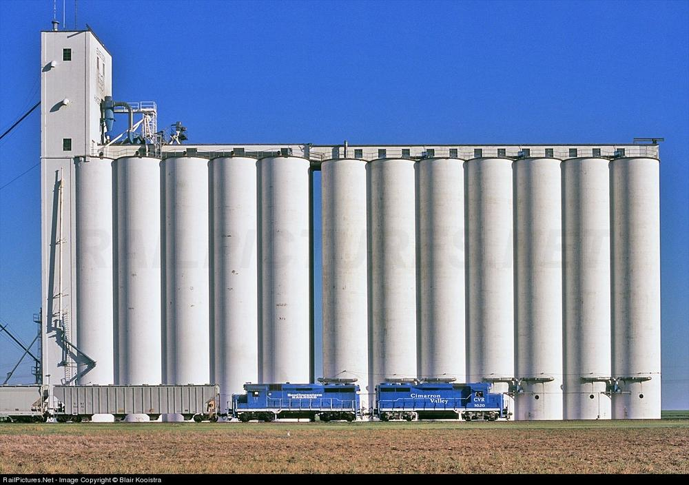 How Big Would Is This Grain Elevator Be In S Scale O