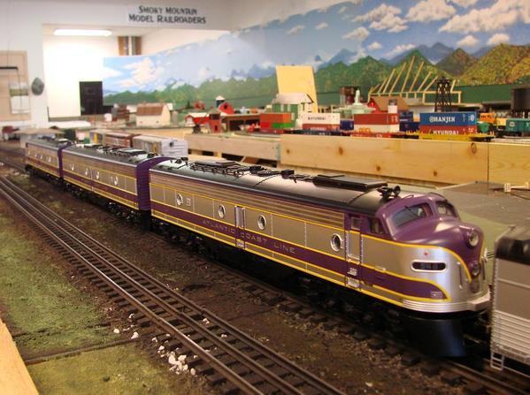 Purple Acl Cars O Gauge Railroading On Line Forum