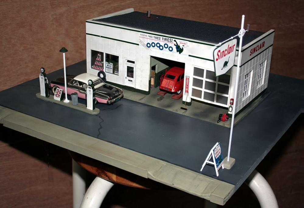 Correct Acrylic Green Paint For Sinclair Gas Station O