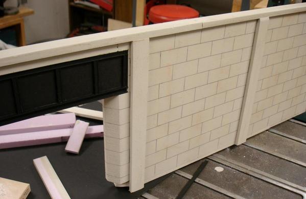 Underpass 06 WallDetail med crp DSC05235