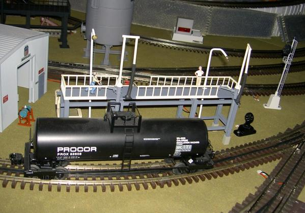 Narrow Fuel Loading Platform 002