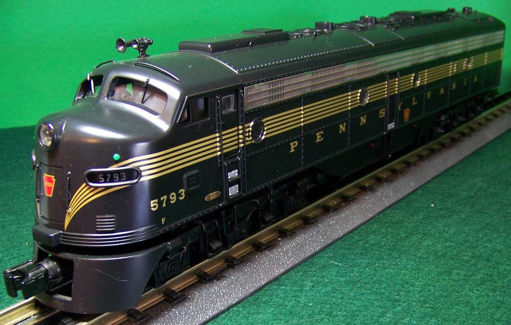Electro Motive Diesel >> MTH Premier Pennsylvania E-8 A-B-A diesel | O Gauge Railroading On Line Forum