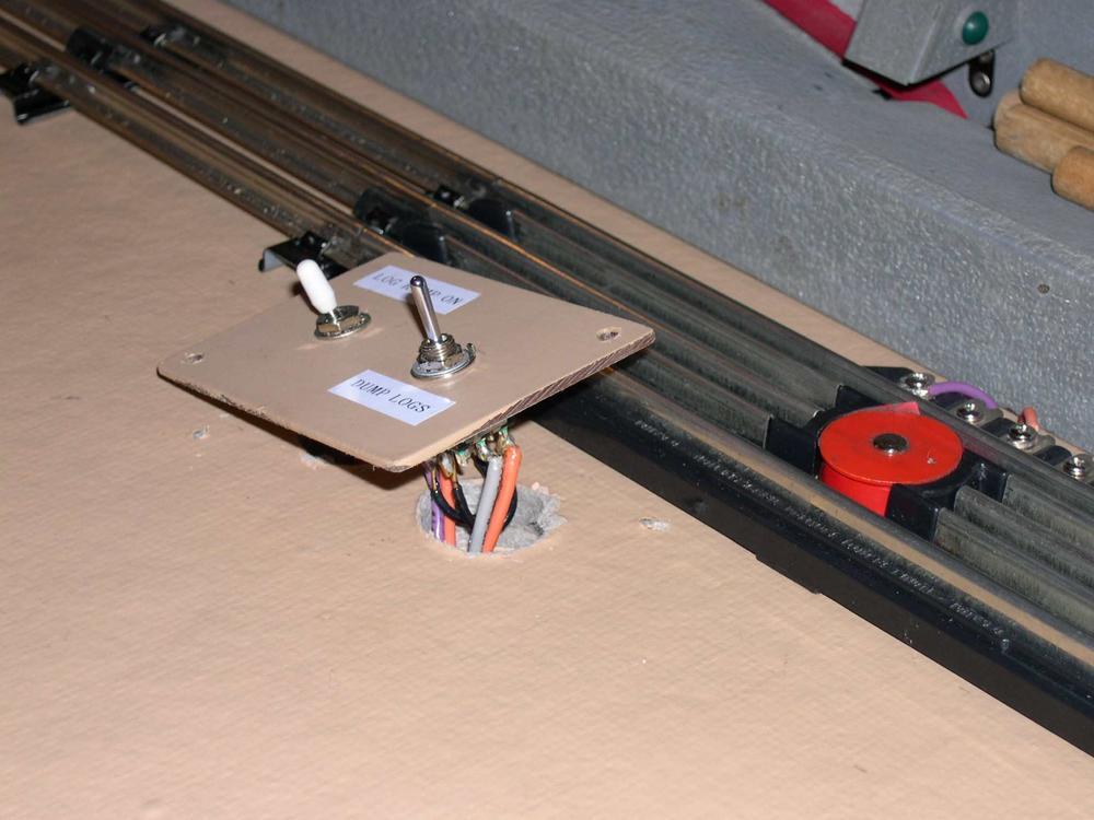 toggle switch amp ratings o gauge railroading on line forum. Black Bedroom Furniture Sets. Home Design Ideas