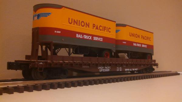 Lionel 6-21860 Union Pacific PS-4 Flatcars with Piggyback Trailers 2-Pack.a