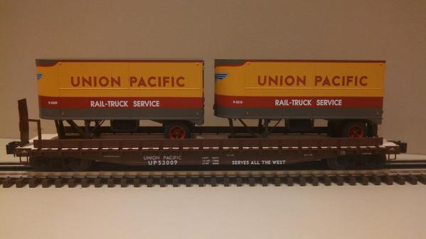 Lionel 6-21860 Union Pacific PS-4 Flatcars with Piggyback Trailers 2-Pack.c