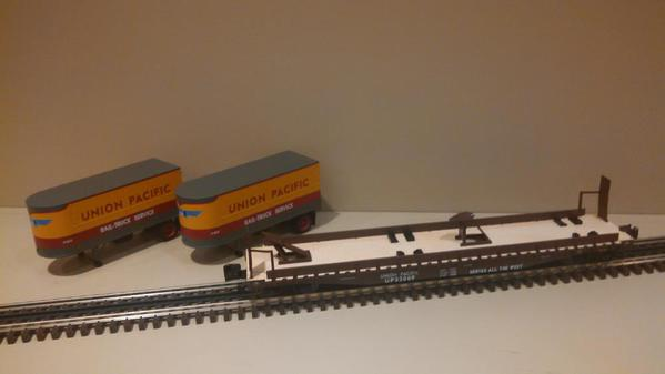 Lionel 6-21860 Union Pacific PS-4 Flatcars with Piggyback Trailers 2-Pack.d