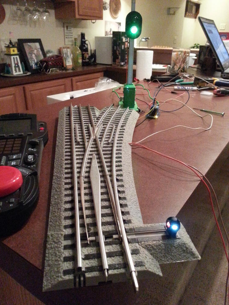 Lionel Fastrack Command Control Switch Wired To A 153