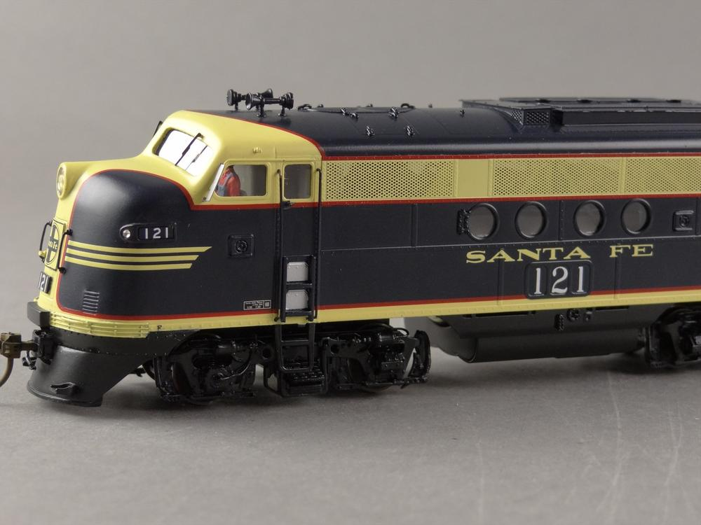 Santa Fe Red Silver Or Blue Yellow O Gauge Railroading