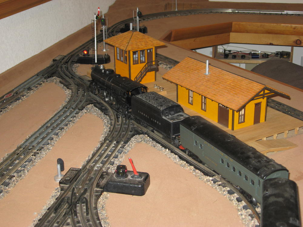 Early lionel strip track