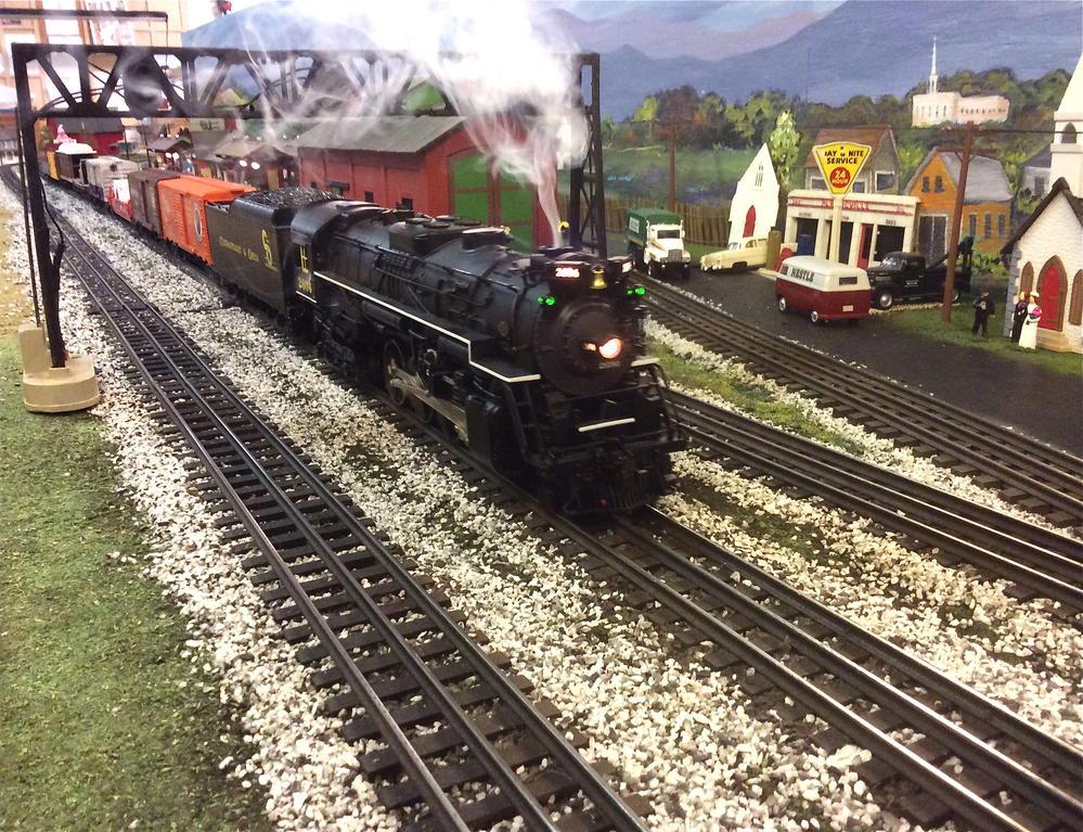 C&O Berk stretches her legs | O Gauge Railroading On Line ...