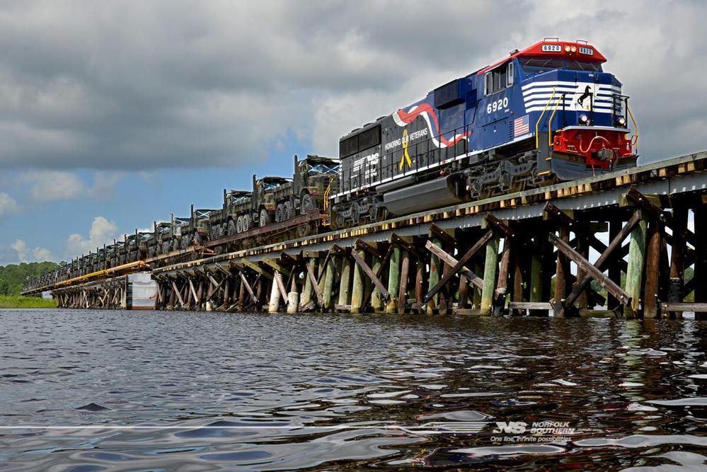 norfolk southern s honoring our veterans unit sd60e number 6920 leads ...