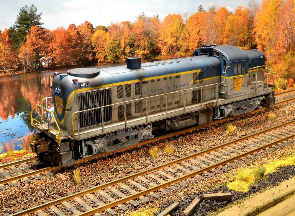 Atlas Model Railroad Co. - My wife loves a good train wreck