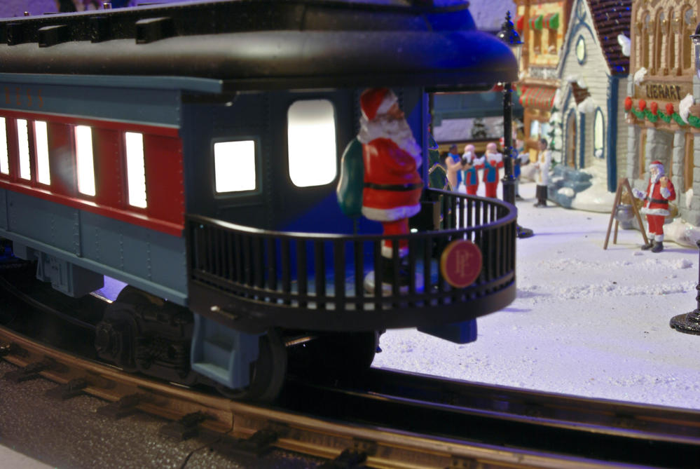 Reply To What Christmas Trains Do You Own O Gauge Railroading